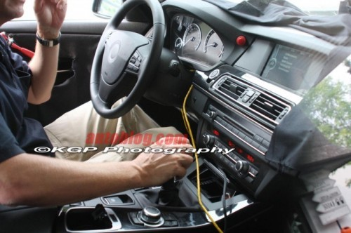 bmw-5series-F10-dashboard