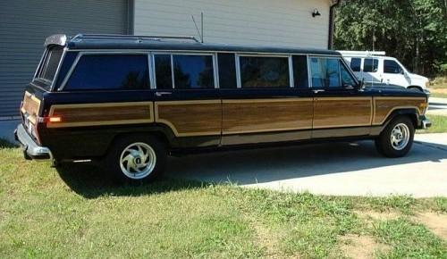 grand-wagoneer-limo-large-5