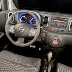 2010-Nissan-Cube-10