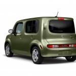 2010-Nissan-Cube-30