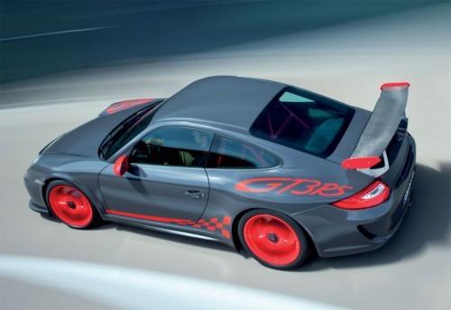 2010-Porsche-911-GT3-RS-3