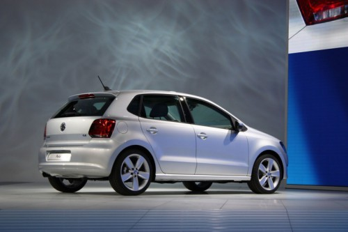 2010-vw-polo-side-rear