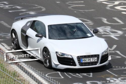 Audi-R8v10-8_09626201246