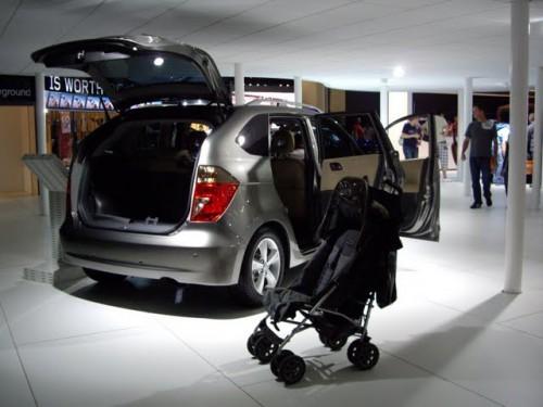 Honda FRV Minivan