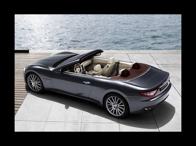 maserati grancabrio le configurateur est disponible. Black Bedroom Furniture Sets. Home Design Ideas