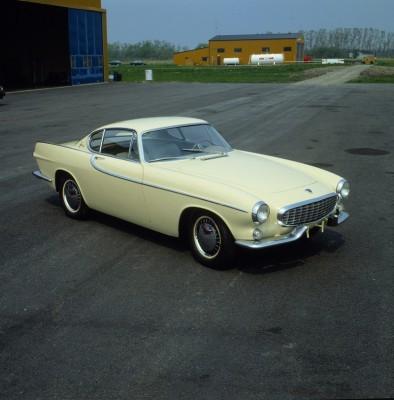 Volvo-P1800-