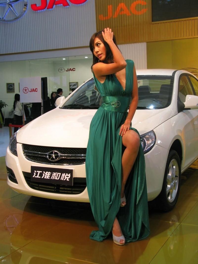 big_Guangzhou_2009_hotesses_51