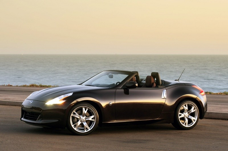 nissan 370z roadster pas trop cher mon fils pas trop cher blog automobile. Black Bedroom Furniture Sets. Home Design Ideas