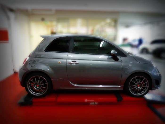 abarth 500 speedgrey by neubauer une jolie souris grise blog automobile. Black Bedroom Furniture Sets. Home Design Ideas