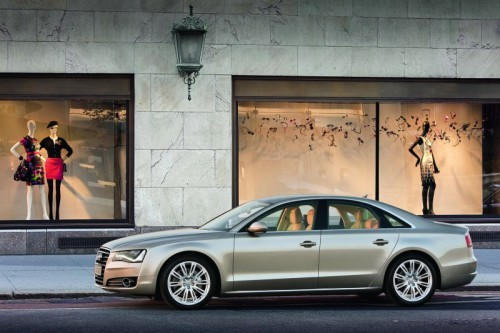 2011-Audi-A8-18