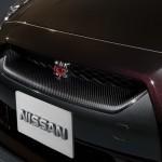 2011-Nissan-GT-R-SpecV-4