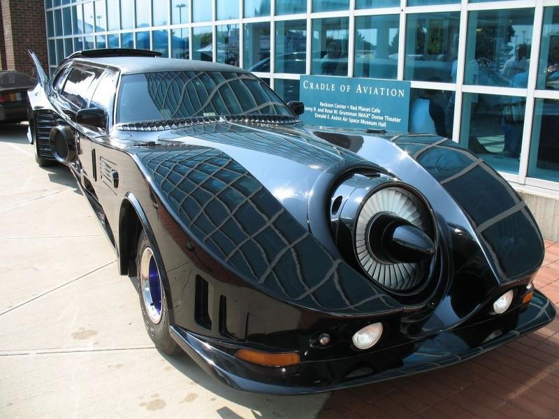 Batmobile-Limousine-1