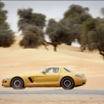 Mercedes_SLS_AMG_Desert_Gold_en_G55_AMG_11