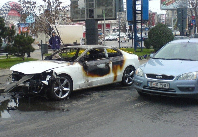 audi-a5-accident-oraan-101