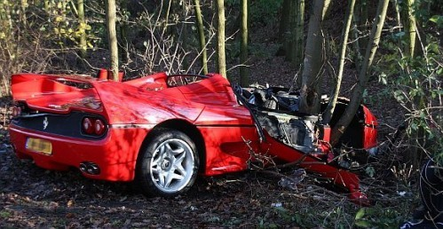 car_crashes_ferrari_f50_crashed_in_holland_01