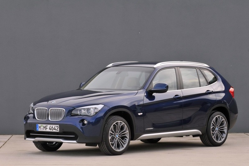 bmw x1 bmw renforce son offre blog automobile. Black Bedroom Furniture Sets. Home Design Ideas