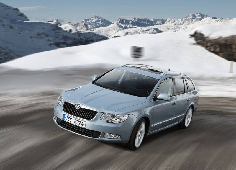 skoda superb combi existe aussi en version 3 6 l v6 awd blog automobile. Black Bedroom Furniture Sets. Home Design Ideas