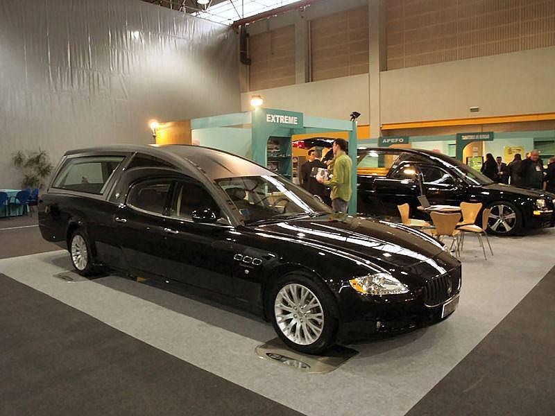 [ALFIERI69] - Quattroporte Sport GTS Nero Maserati_quattroporte_funebra-01a