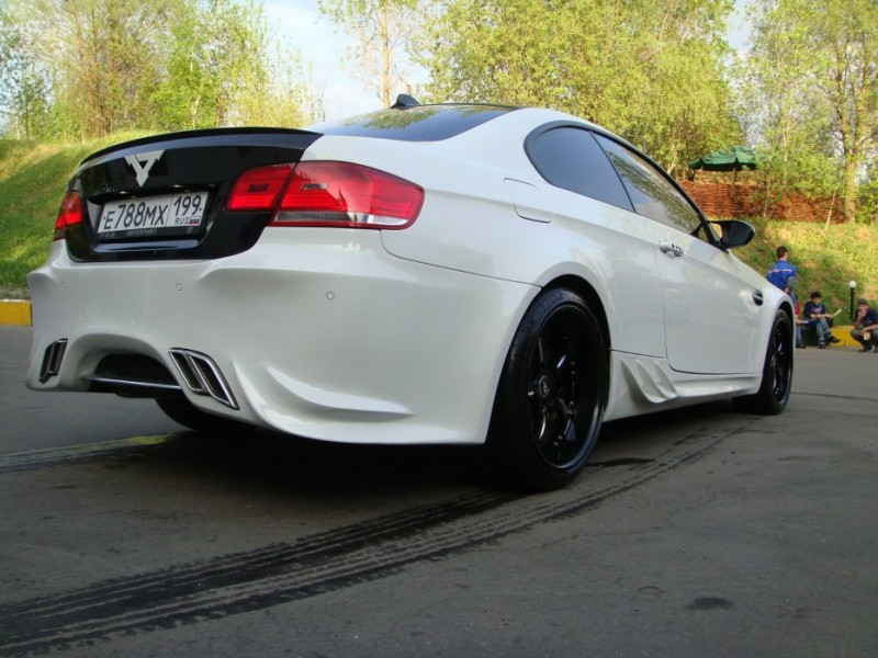 bmw m3 e92 total russian look moins que a ne soit du vds blog automobile. Black Bedroom Furniture Sets. Home Design Ideas