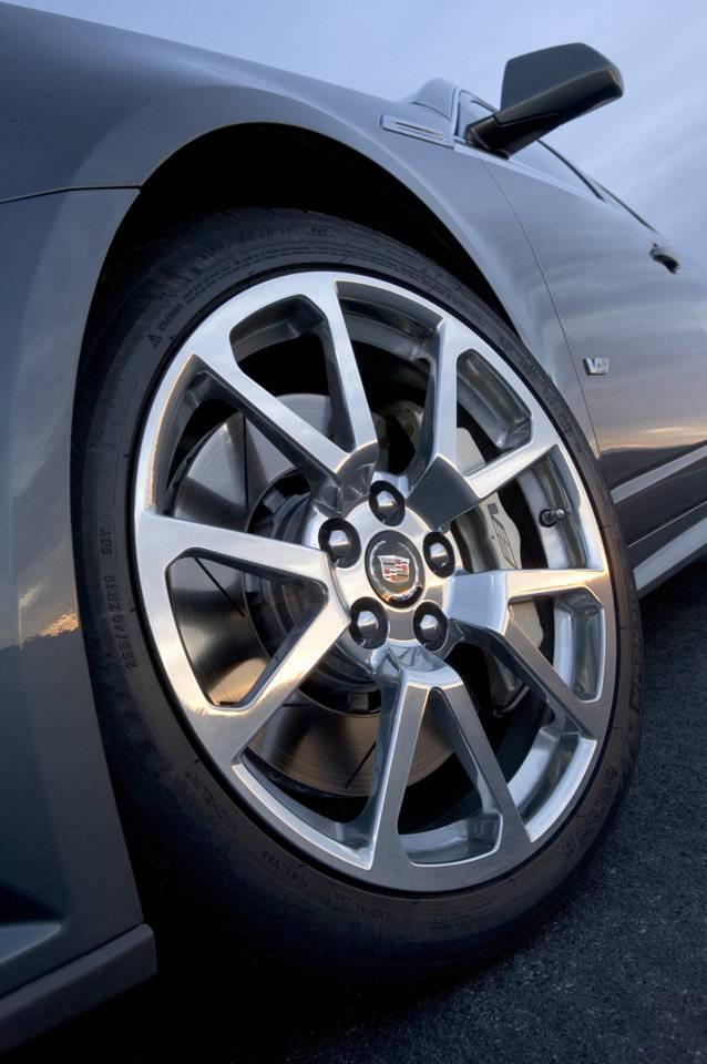 Cadillac Cts V Sport Wagon Pour Aller Faire Les Courses