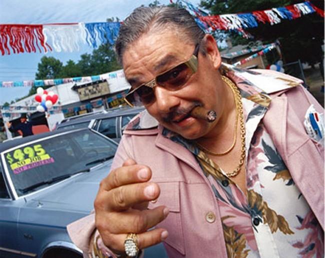 Raymond la Vente, le pro de l'auto, du baratin et