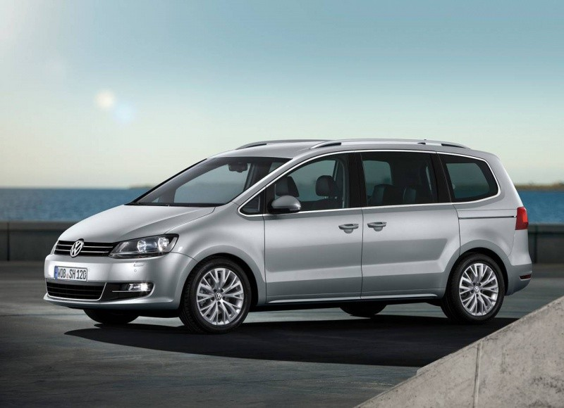 volkswagen sharan 2010 un touran qui a pris de l 39 embonpoint blog automobile. Black Bedroom Furniture Sets. Home Design Ideas