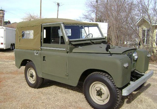 Land Rover Defender 90 Soft Top Classic Less Is More