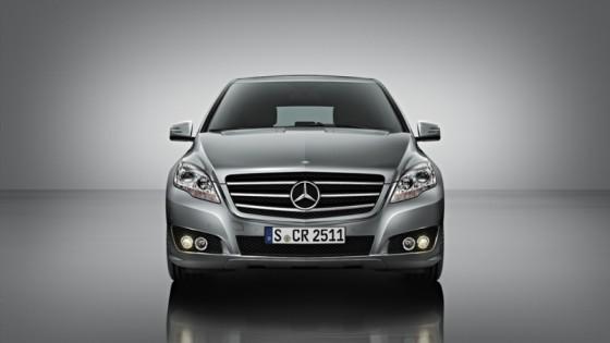 r klasse 2010 02 560x315 Mercedes Classe R 2010 : Dévoilée officiellement + [MàJ]