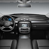 r klasse 2010 07 200x200 Mercedes Classe R 2010 : Dévoilée officiellement + [MàJ]