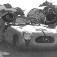 1952 PANAM 04 200x200 Mercedes SLS AMG et 300 SL : Les Gullwing nous refont la Carrera Panaméricana
