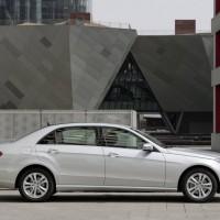 Mercedes Benz E Class L 2011 06 200x200 Mercedes Classe E Longue : La réponse de Mercedes à la serie5 L  ( + vidéo )