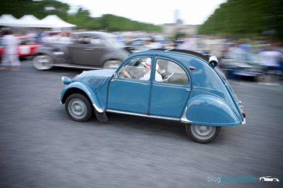 [EXPOSITION] 121 voitures pour vous à Paris IMG_3857-logo-560x373