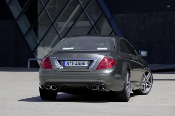 2011 Mercedes CL AMG 16 560x373 Mercedes CL63 AMG : Belle remise à niveau ( + CL65 AMG )