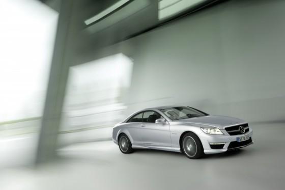 2011 Mercedes CL AMG 20 560x373 Mercedes CL63 AMG : Belle remise à niveau ( + CL65 AMG )