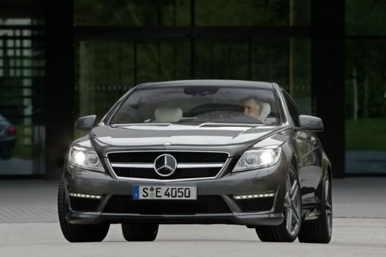 2011 Mercedes CL AMG 28 560x373 Mercedes CL63 AMG : Belle remise à niveau ( + CL65 AMG )