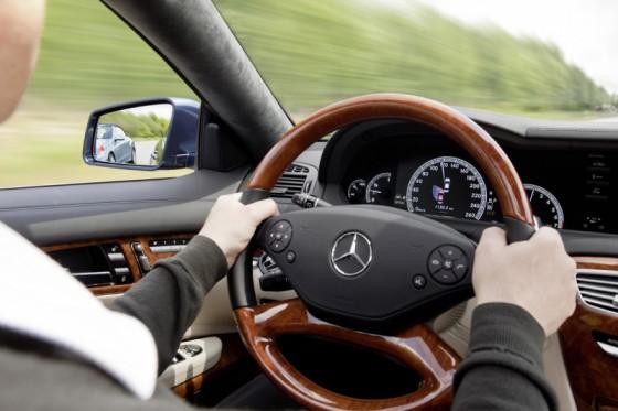 21 cl 560x373 Mercedes CL 2011 : Sur catalogue + [MàJ photo et vidéo]