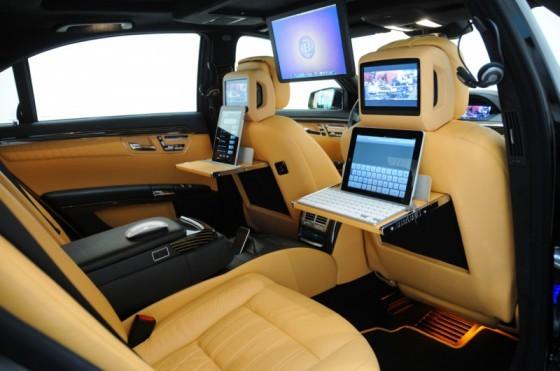 Brabus Mercedes SV12 R Biturbo 800 02 560x371 Brabus SV12 R Biturbo 800 : Luxe, hautes performances et hyper connectivité !