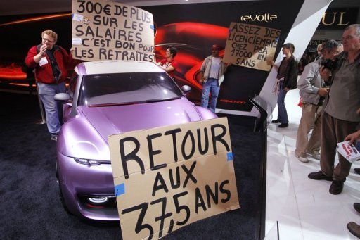 [SALON] PARIS 2010 - Mondial de l'automobile - Page 14 Cgt-mondial-by-AFP