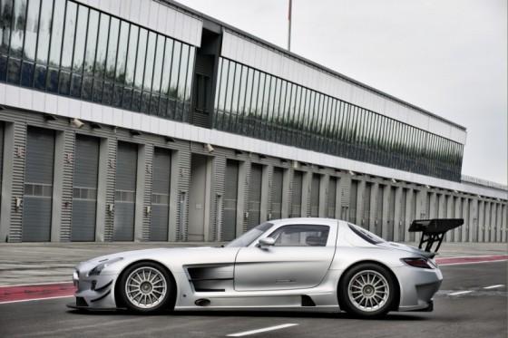 mercedes sls amg gt3 02 560x373 Mercedes SLS AMG GT3 : En essai       ( vidéo )