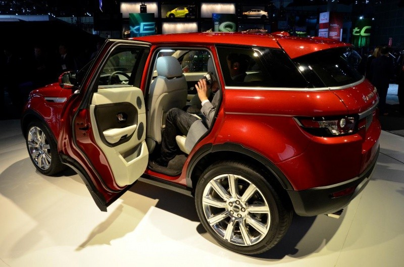 range rover evoque 5 portes avec une banquette arri re blog automobile. Black Bedroom Furniture Sets. Home Design Ideas