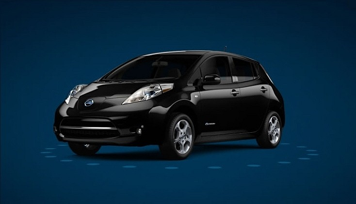 nissan leaf la voiture de l 39 ann e 2011 va essayer de. Black Bedroom Furniture Sets. Home Design Ideas