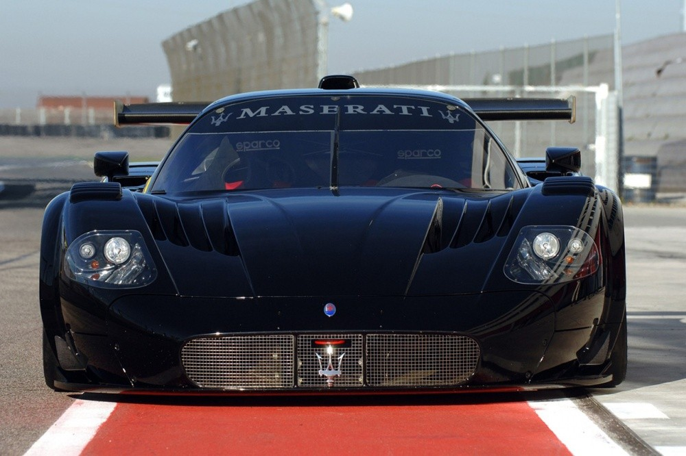 maserati la mc12 sacr e championne du monde fia gt1 vid o blog automobile. Black Bedroom Furniture Sets. Home Design Ideas