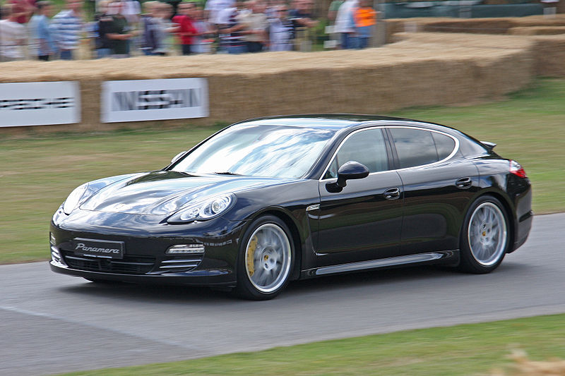porsche panamera une version lwb et une version hybride au programme blog automobile. Black Bedroom Furniture Sets. Home Design Ideas