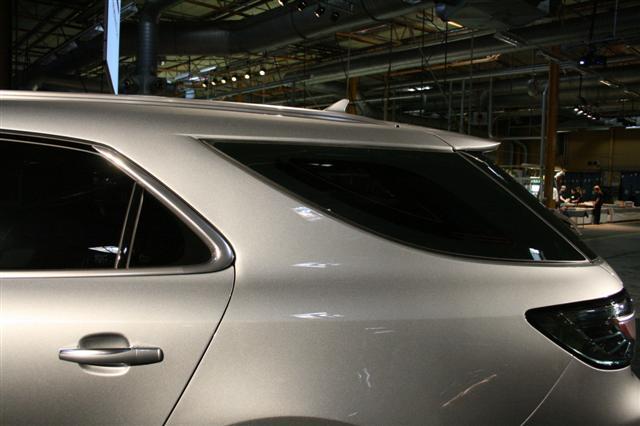 Mieux Qu Un Paquet De Krisprolls Et Surtout Plus Grande Voici La Nouvelle Saab 9 5 Sw En Photos