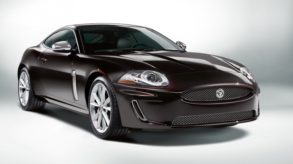 http://blogautomobile.fr/wp-content/uploads/2011/05/XK_Special_edition_Black_Cherry-1.jpg