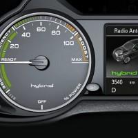 Q5-Hybrid.19-200x200