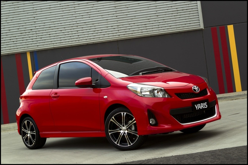 toyota yaris 3 portes 2012 pr visible blog automobile. Black Bedroom Furniture Sets. Home Design Ideas
