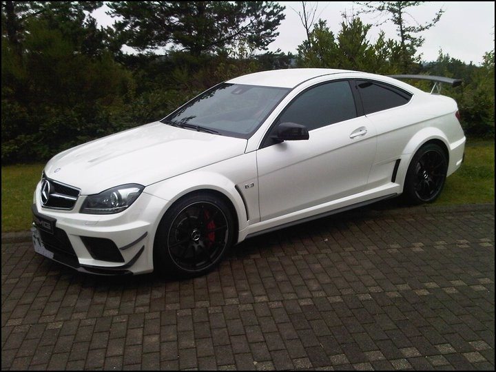 Mercedes C63 Amg Coup 233 Black Series Avec L Amg Track