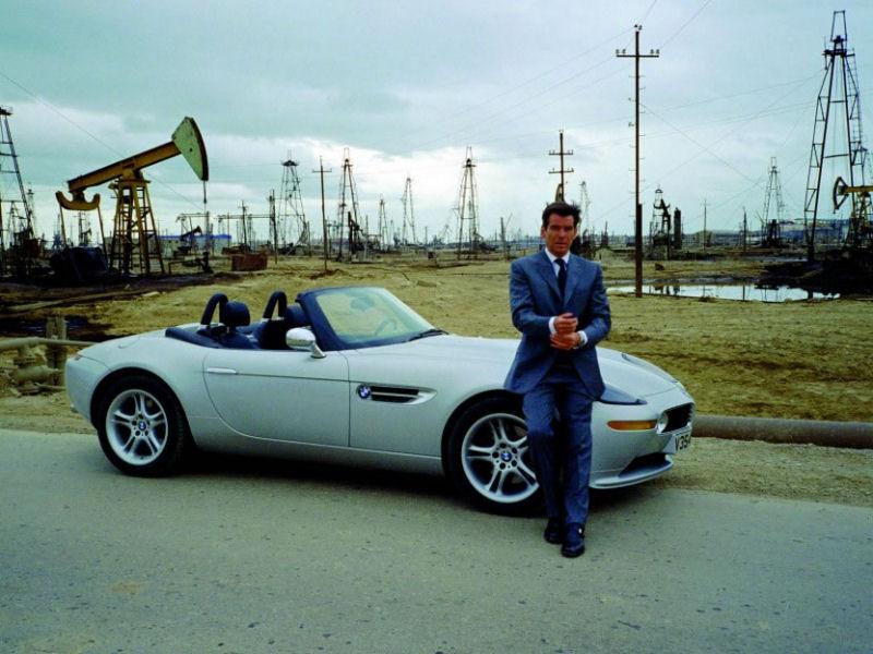 james bond : 50 ans de cinéma et 50 voitures exposées à beaulieu en