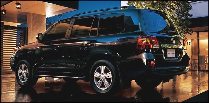 toyota land cruiser sw 2012 massif restylage blog automobile. Black Bedroom Furniture Sets. Home Design Ideas